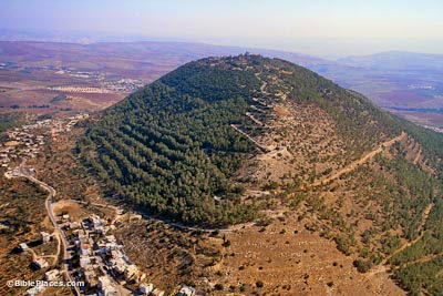 Mount-Tabor-aerial-from-northwest,-tbs121210011-bibleplaces